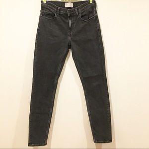 Everlane Dark Washed Black Denim Pants 27
